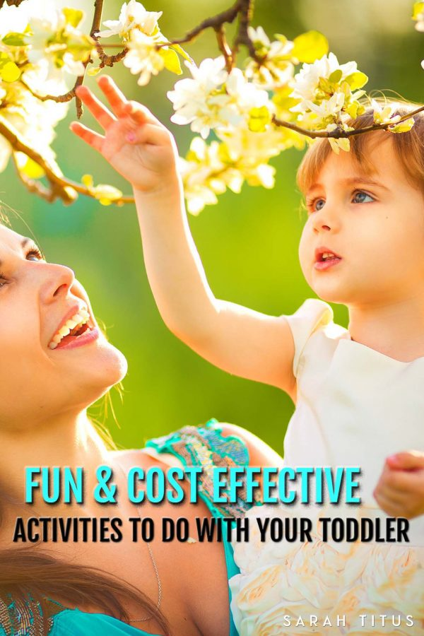 Having problems trying to keep your toddler entertained while staying budget minded? Check out these fun & cost effective activities to do with your toddler that are sure to please...and budget friendly!