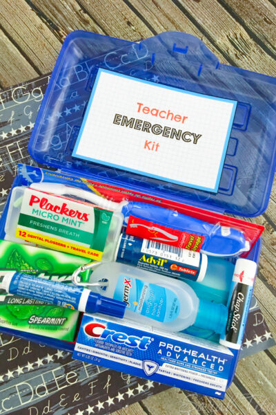 This teacher emergency kit has GOT TO BE THE most useful & practical back to school gift ever and best of all, you can make it for only $1. I'll show you how!