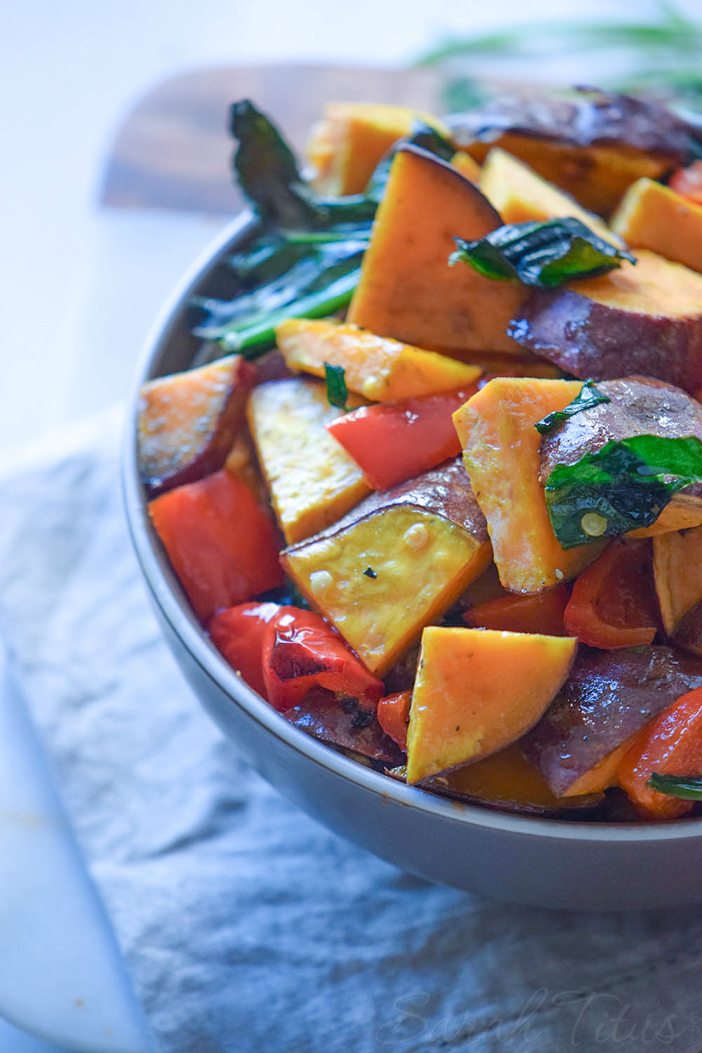 I'm all for bakes; chop up some stuff, put it in the oven, and dinners' ready in 15 mins! This tasty sweet potato bake is the perfect solution!!