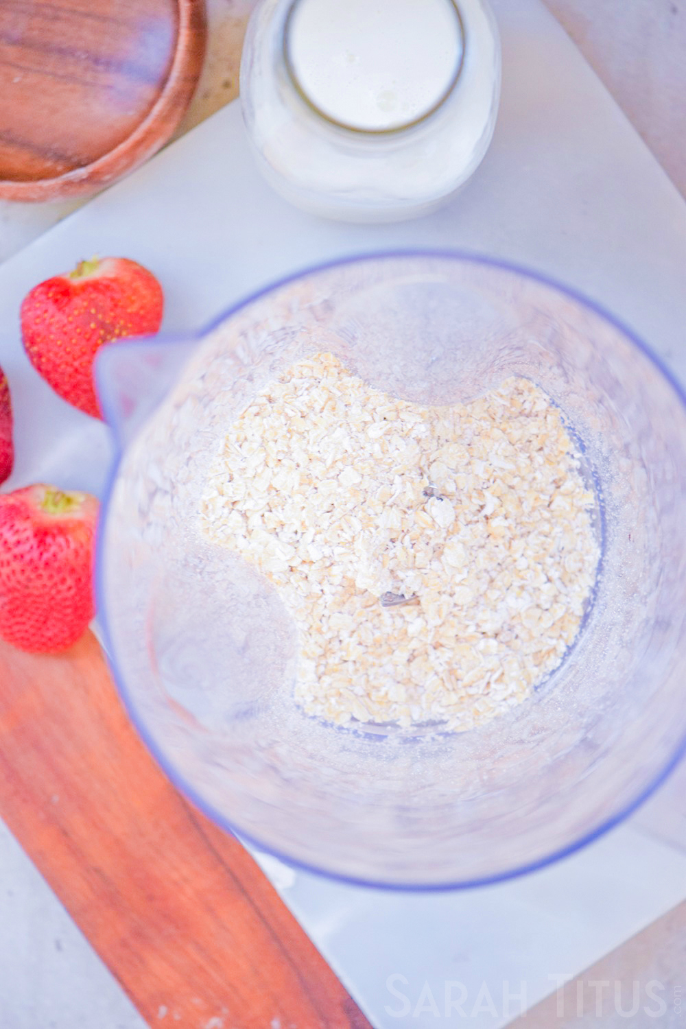 What to do with those flavorless oatmeal packets no one will eat- make this delicious Strawberry Breakfast Milkshake!