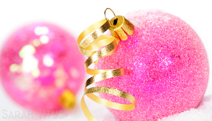 Pink and gold Christmas tree balls