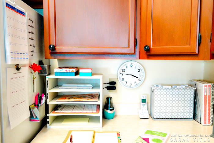 Stop feeling overwhelmed and scattered! Create a Command and Control Center to keep your home and family running smoothly! #commandcenter #organizedhome #createacommandandcontrolcenter