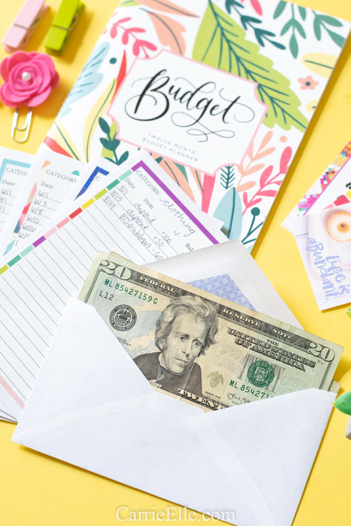 You can quickly make your own cash envelope system with these free printables and keep your spending under control throughout the entire month.