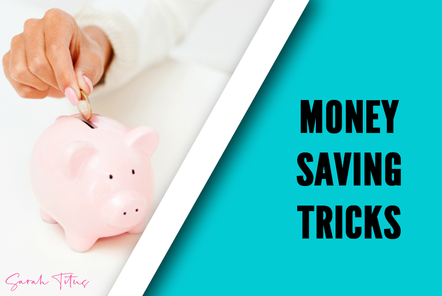 How this stay at home Mom makes money online and lives well on $18k a year! Find out how Sarah uses these 30 ways to save money to live well and stay at home with her kids! #stayathomemom #makemoneyonline #savingmoney #sarahtitus