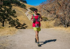 Sara Kurth Running Drag-N-Fly