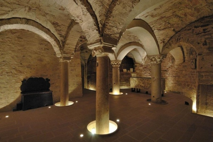 museo-diocesano-e-Cripta-San-Rufino