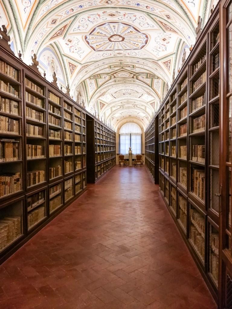 Biblioteca Mozzi Borghetti Macerata