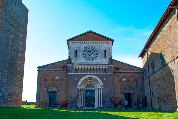 Chiesa romanica San Pietro