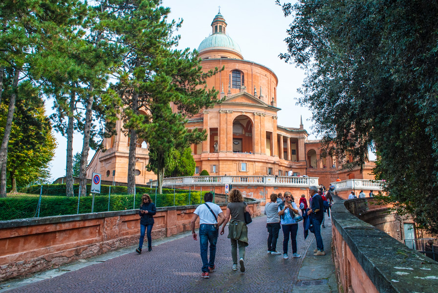 Veduta Santuario Madonna di San Luca Bologna
