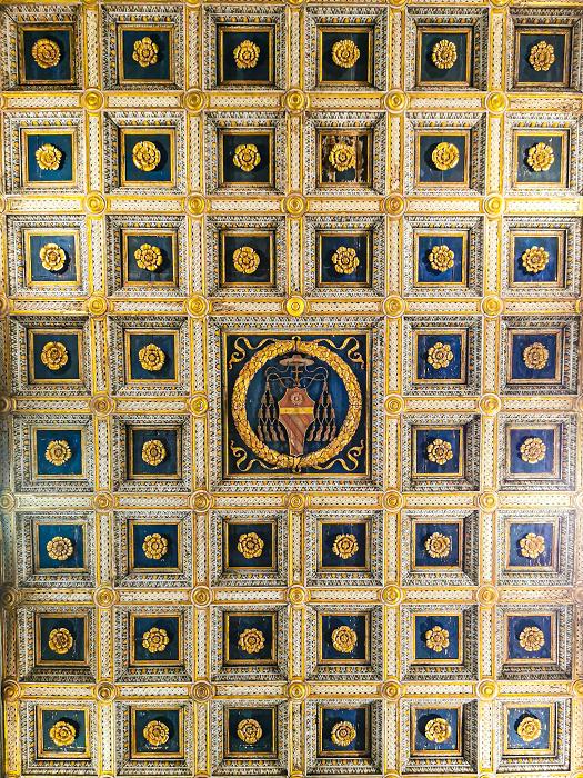 Basilica-Abbazia-Farfa-soffitto