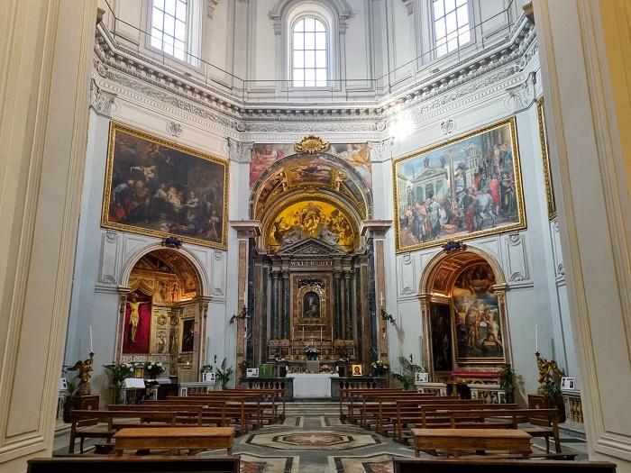 chiesa-di-santa-maria-della-pace-interno