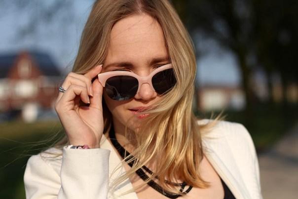 Bailey Balmain-ish outfit OOTD Dutch fashion blogger SarandaAdriana DL1961 jeans BLQE jewelry12