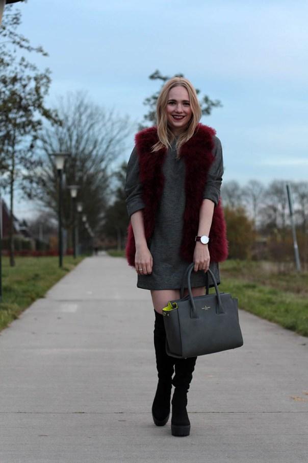 Red velvet outfit ootd fashionblogger sarandaadriana6