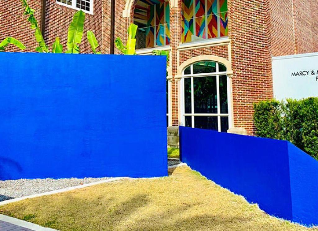 Carl Abbott, La Musa Azul