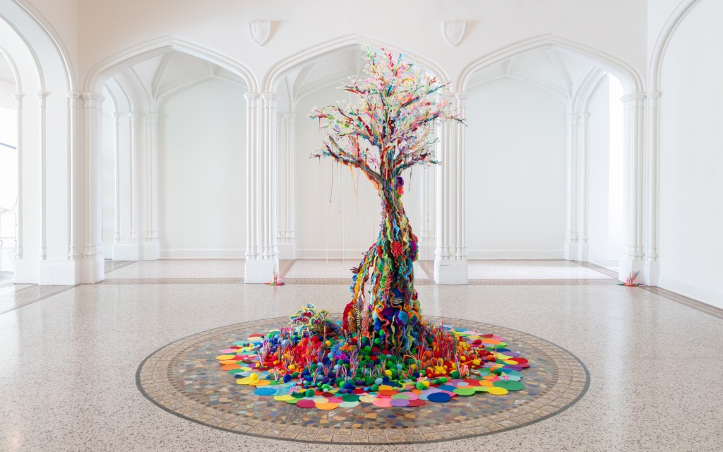 Installation view of Samo Davis: Happiness in ROYGBIV at Sarasota Art Museum, on view from May 29 - October 31, 2021, Photo: Ryan Gamma