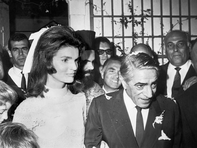 20 ottobre 1968: Jacqueline Kennedy sposa l'armatore greco Aristoteles Onassis (di Romina Fiore)