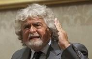 Beppe Grillo (di Luca Ronchi)