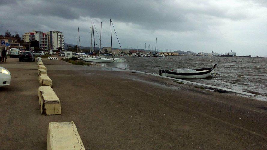 Fronte del porto (di Nardo Marino)