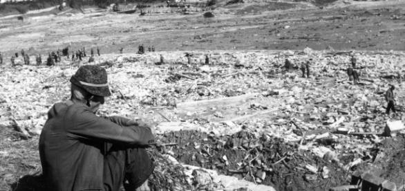 9 ottobre 1963: l'acqua e il fango del Vajont (di Giampaolo Cassitta)