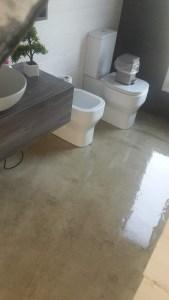 Bagno realizzato in microcemento a villacidro