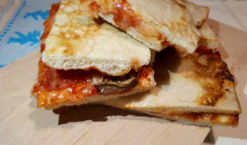 pizzetta al taglio cagliaritana