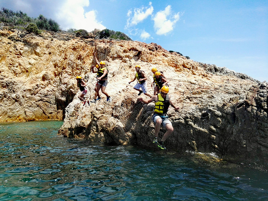 coasteering, team building,