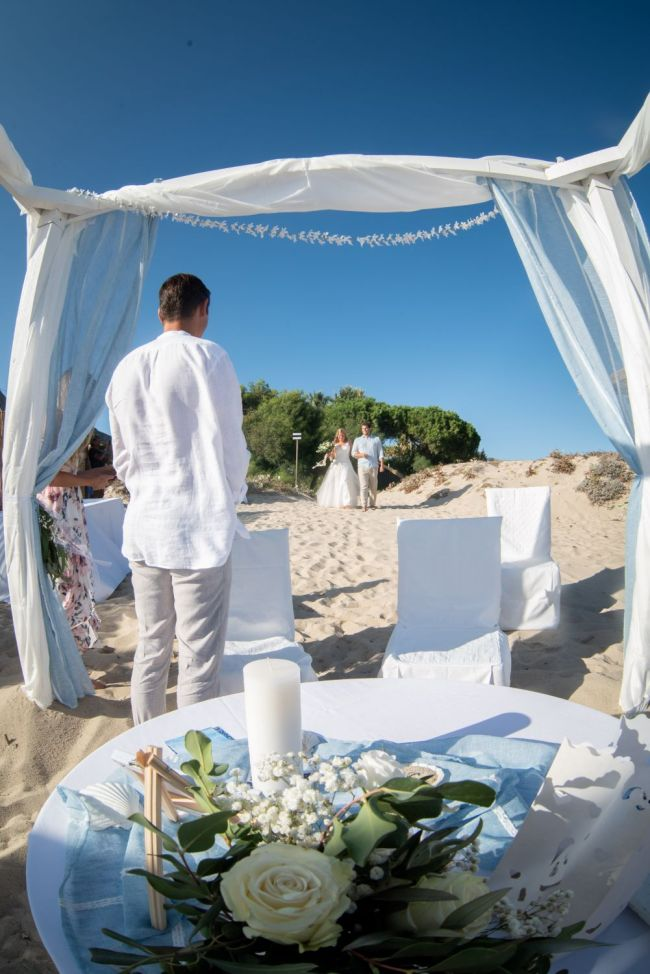 Heiraten barfuß im Sand