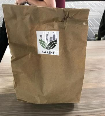 SARiHE lunch bag