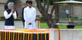 The Prime Minister, Dr. Manmohan Singh paying homage at the Samadhi of…