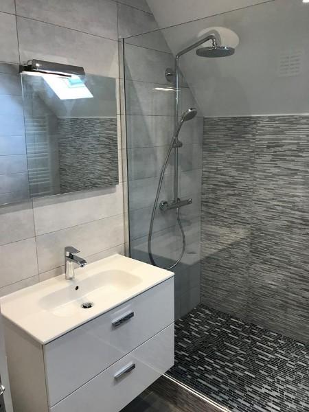 salle d eau avec douche type italienne