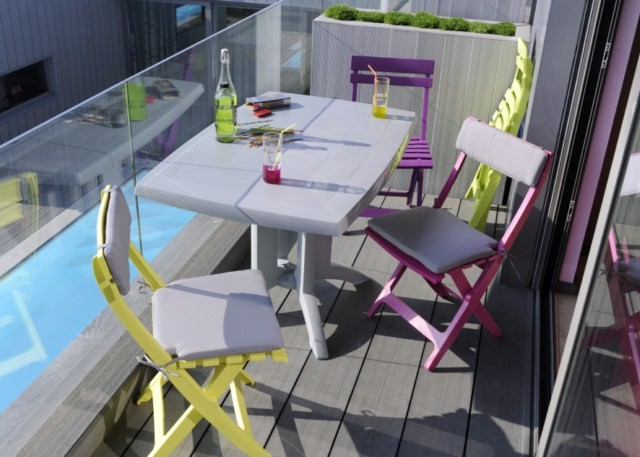 table jardin pvc grosfillex modele vega