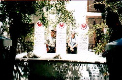 Şehitlerimizin Şam'daki mezarları