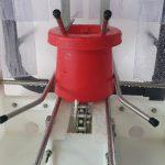 Lavage des mangeoires pour volailles
