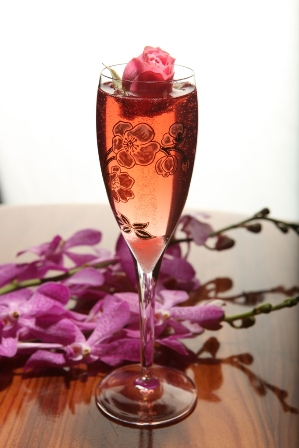 NYE_cocktails_PerrierJouetRose