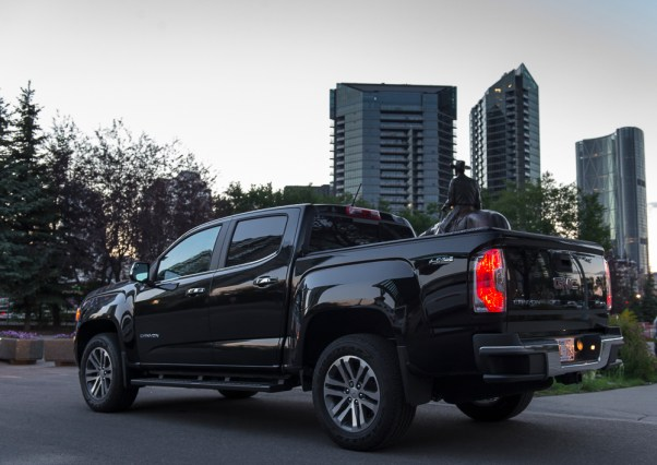2015-GMC-Canyon-truck-shots-10