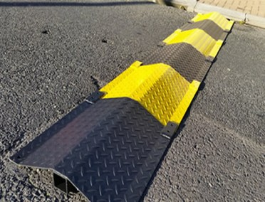 CABLE PROTECTOR RAMP2