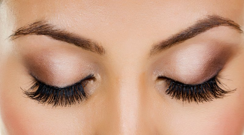 How to Accentuate Your Eyes with 3D Mink Lashes