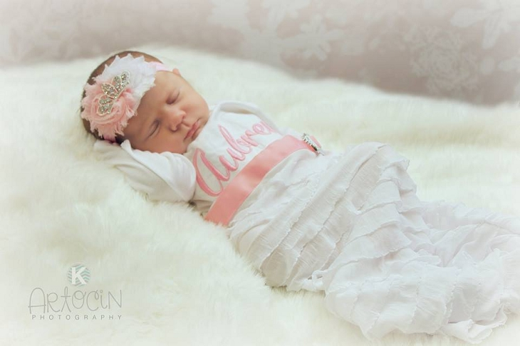 Baby Girl Layette Gown 0078 Sassy Locks