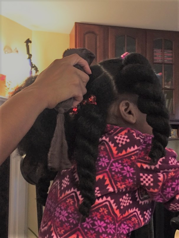 5 Daily Hacks For Combing Thick Hair