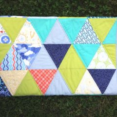 Sunnyside Triangle Quilt