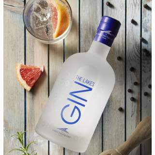 THE LAKES GIN