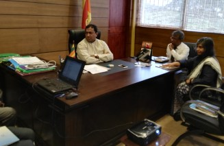 Sati Pasela Introduced to Hon Minister of Education