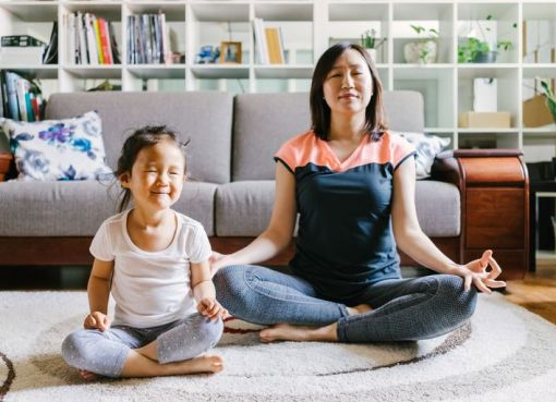 https://www.verywell.com/ways-to-teach-mindfulness-to-kids-4134344
