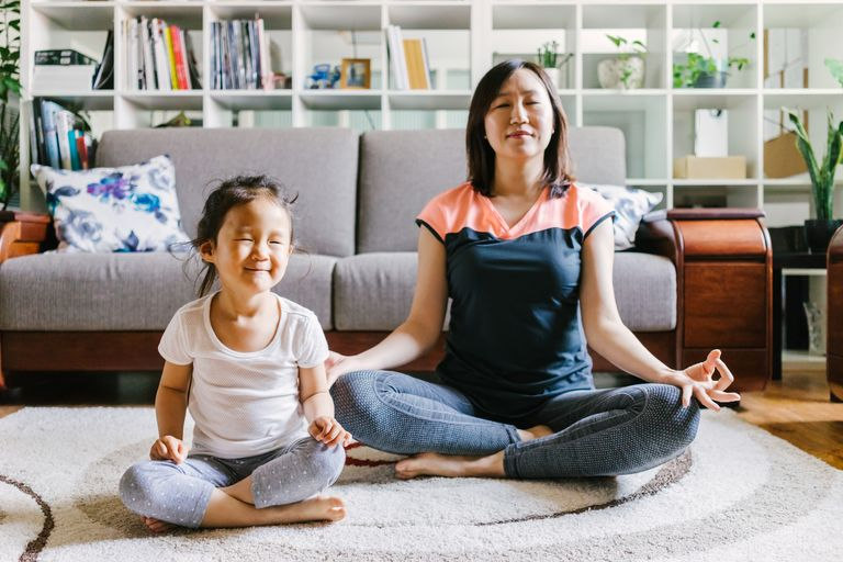 https://www.verywell.com/ways-to-teach-mindfulness-to-kids-4134344