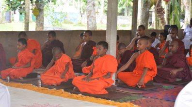 Sati Pirivena Program for Sri Weerasinharamaya Pirivena, Kirillavala, Kadawatha (13)