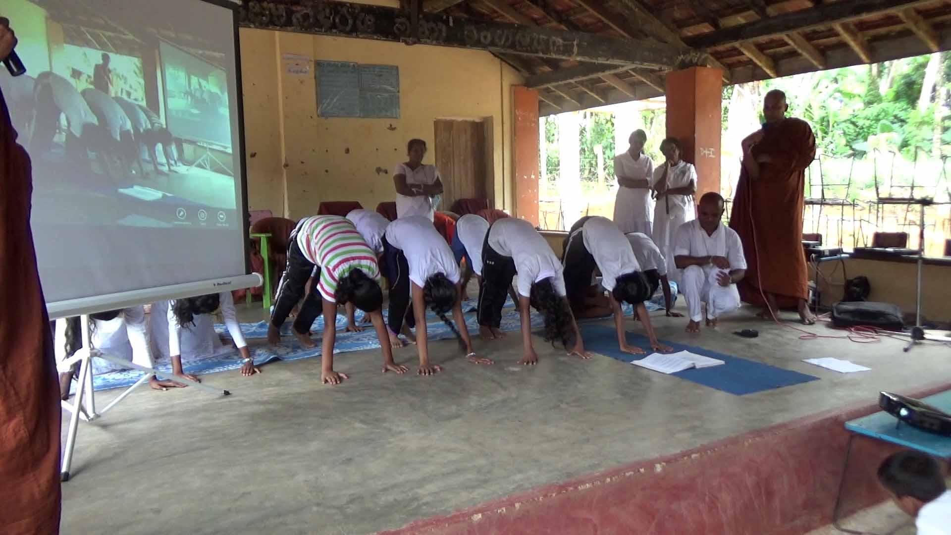 Sati Camp at Meethirigala Kanishta Vidyalaya-yoga session (26)