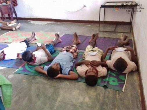 Sati Pasala Programme at Childrens Remand Home, Bambaradeniya (11)