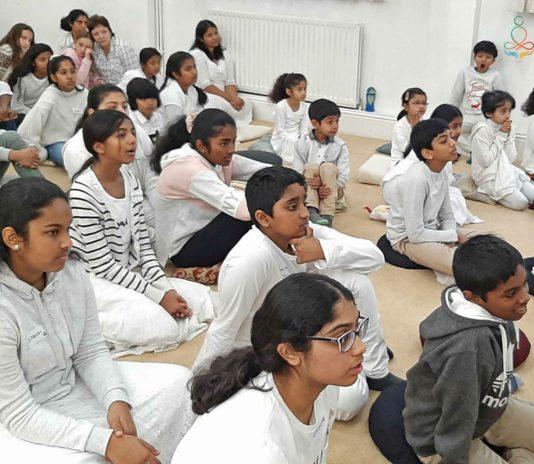 Sati Pasala Day Camp at Thames Buddhist Vihara, United Kingdom