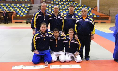 O medalie de aur şi trei de bronz la Campionatul Naţional de Judo
