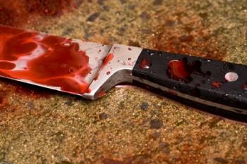 Un bărbat din Cheja şi-a tăiat gâtul cu un cuțit